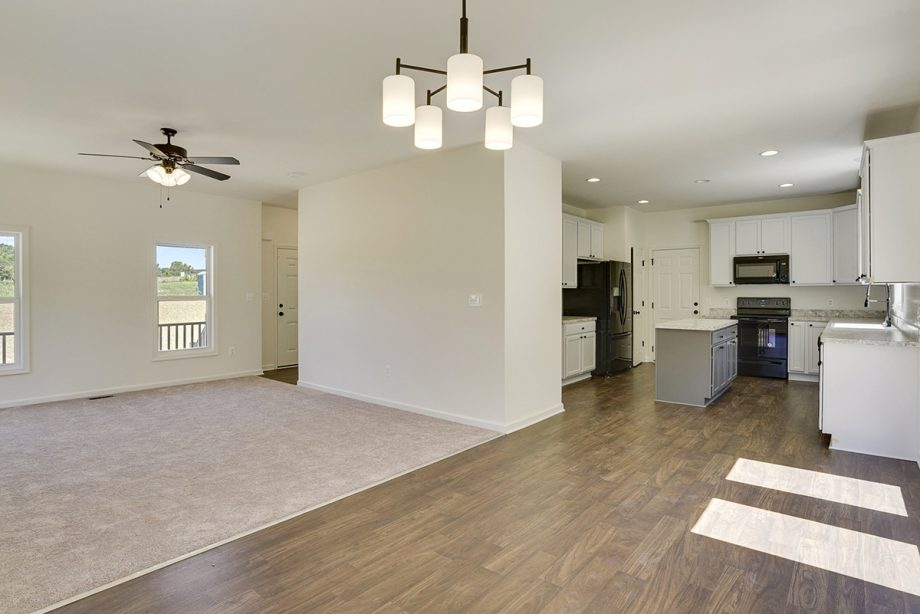 Oakdale - Kitchen & Living room