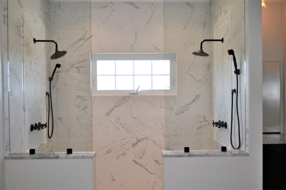 Brunswick - Master shower