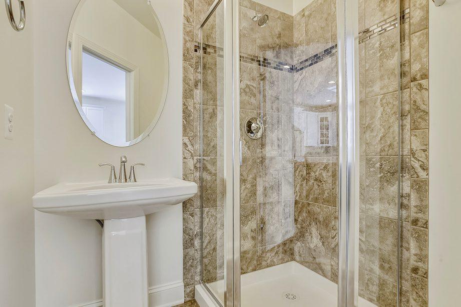 Arlington - Hall bathroom